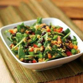 Salade santé de Quinoa et épinards
