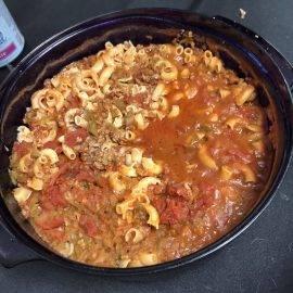 Macaroni à la viande (Macaroni pitch pitch)